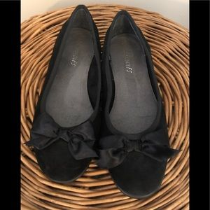 Aerosoles Black Suede Flats with Bow
